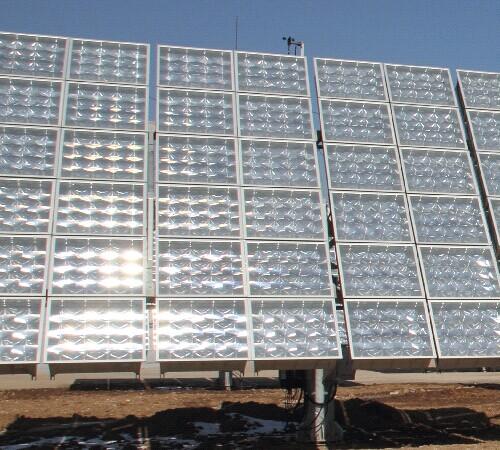 太阳能光伏电池阵列菲涅尔透镜B